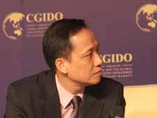 汇高基金管理(新加坡)公司执行董事骆嘉辉(