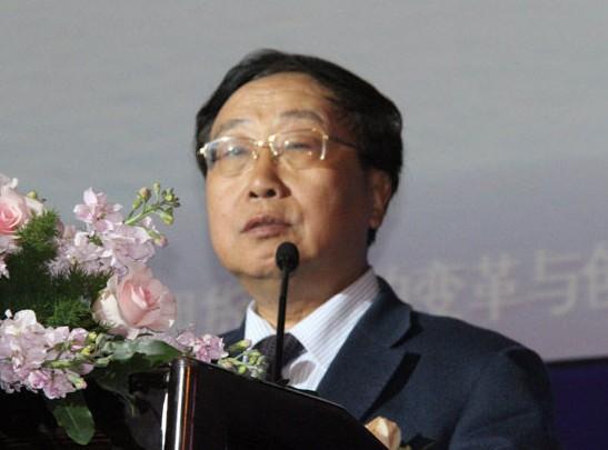 中国证监会前副主席 范福春