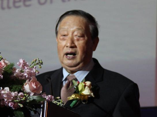 原全国人大财经委副主任、证监会前主席周正庆